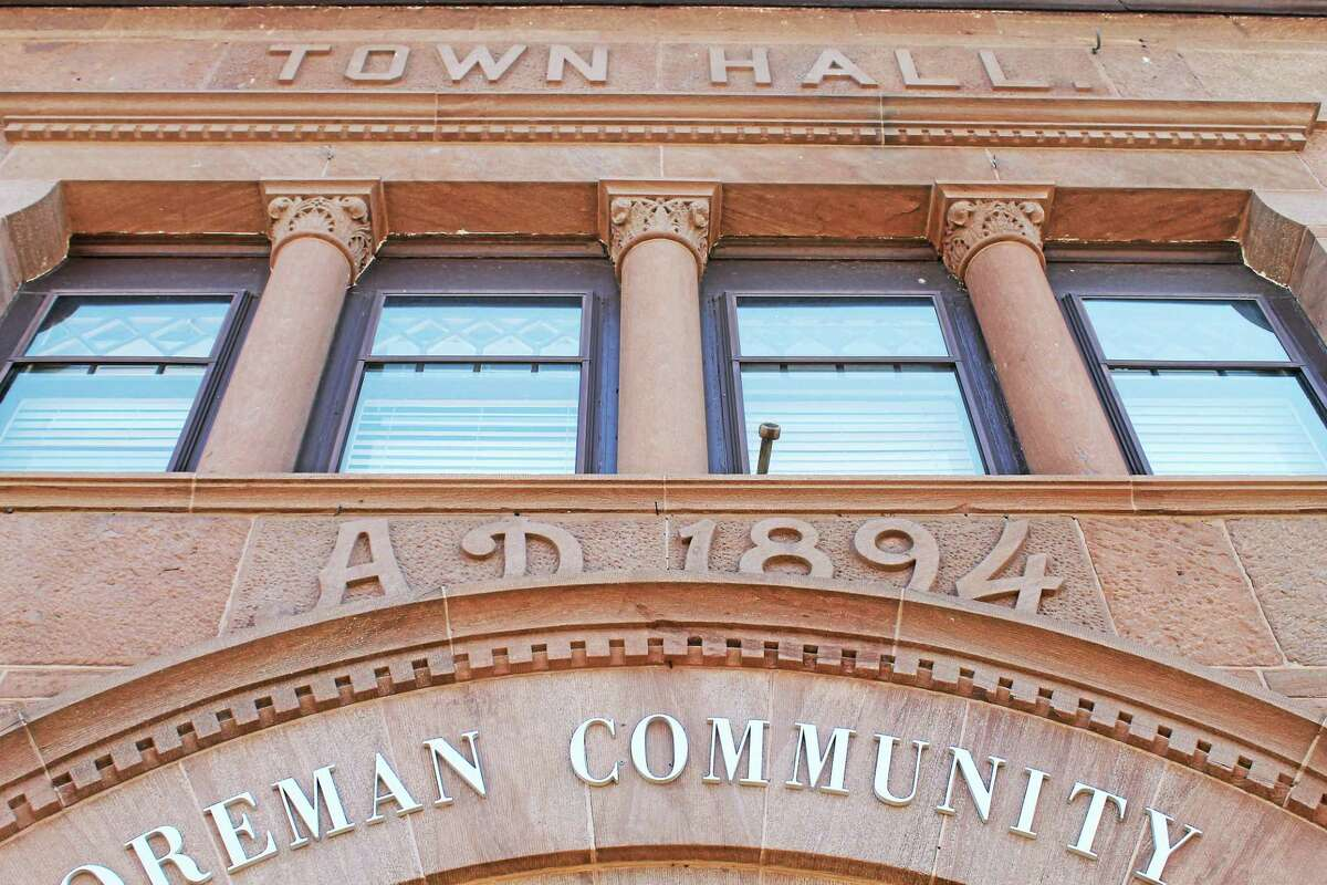Brownstone, for which Portland is well-known, is used in many buildings in town, such as the old town hall, now the Buck-Foreman Community Center, home of the police department, parks and recreation, youth services and library.