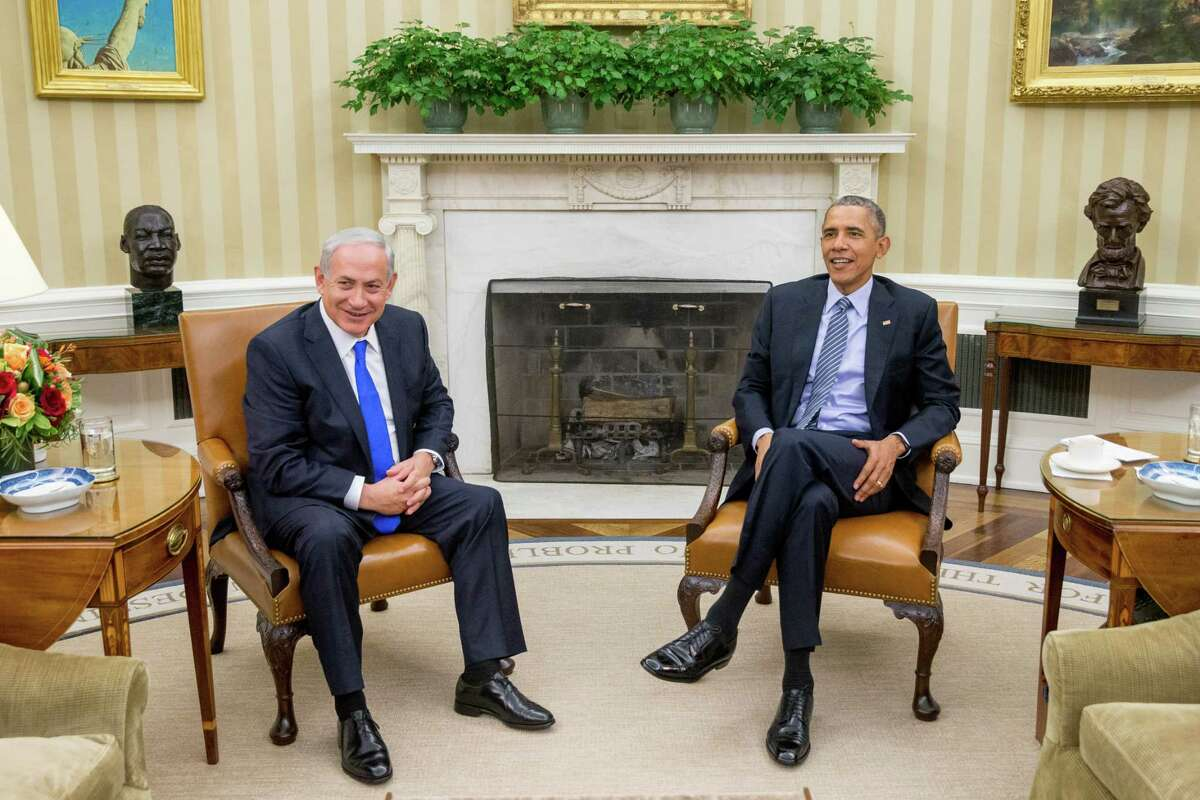 President Barack Obama meets with Israeli Prime Minister Benjamin Netanyahu in the Oval Office of the White House in Washington on Nov. 9, 2015. The president and prime minister sought to mend their fractured relationship during their meeting, the first time they have talked face to face in more than a year.