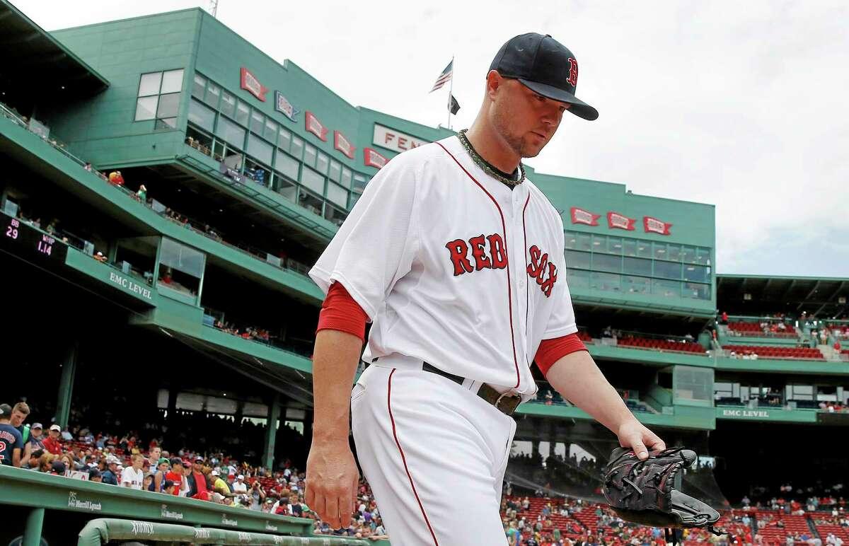 Jon Lester threw eight shutout innings in Sunday's win over the Royals in Boston.