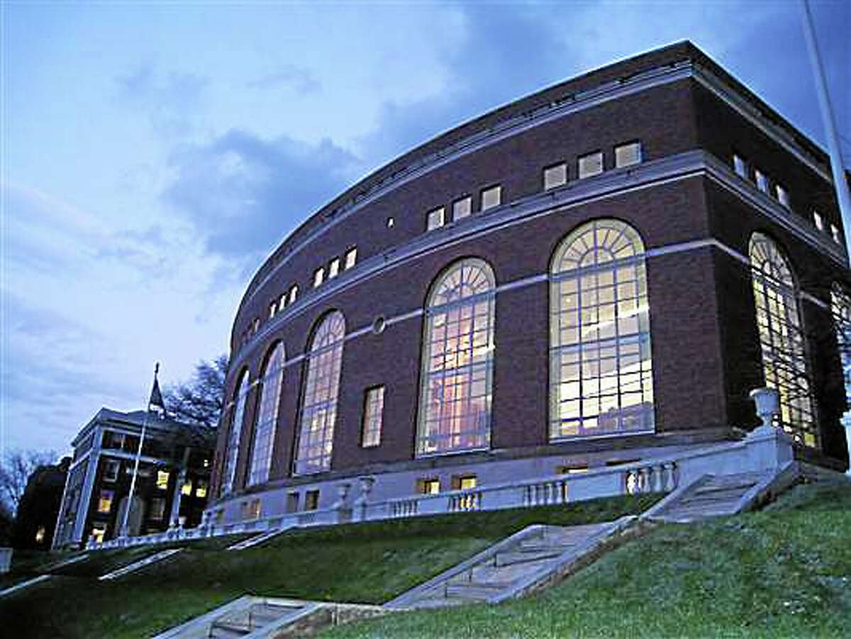 Olin Library in Middletown