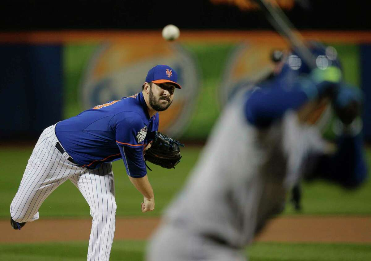 New York Mets pitcher Matt Harvey has been named the NL Comeback Player of the Year.