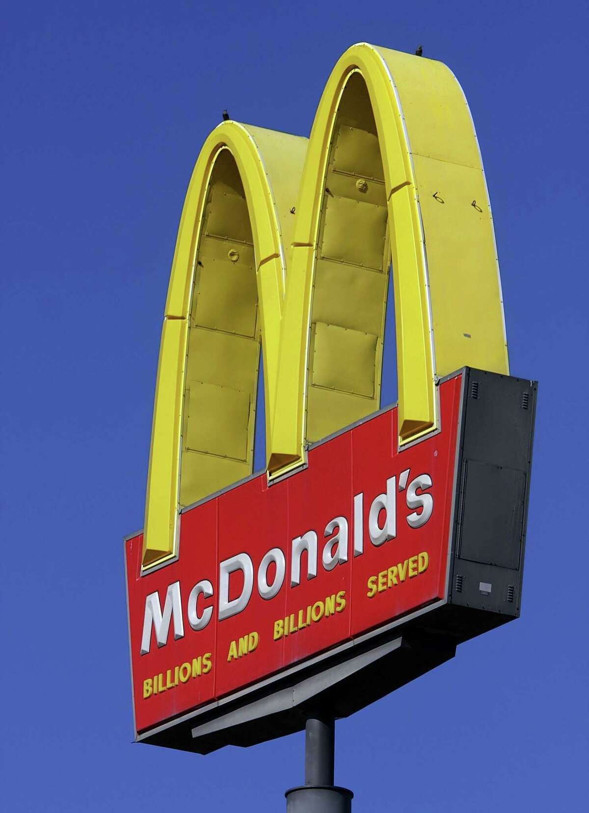 This Oct 21, 2008, file photo, shows a McDonald's logo at a McDonald's restaurant in Springfield, Ill.
