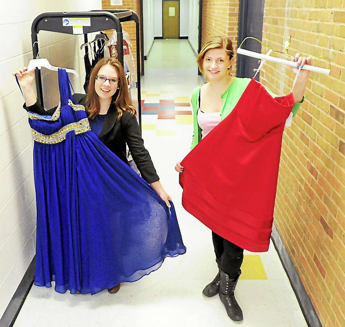 Peter Hvizdak / New Haven Register Operation Glass Slipper fulfills the senior project ¬ prerequisite that every Old Saybrook High School student must complete prior to graduation.
