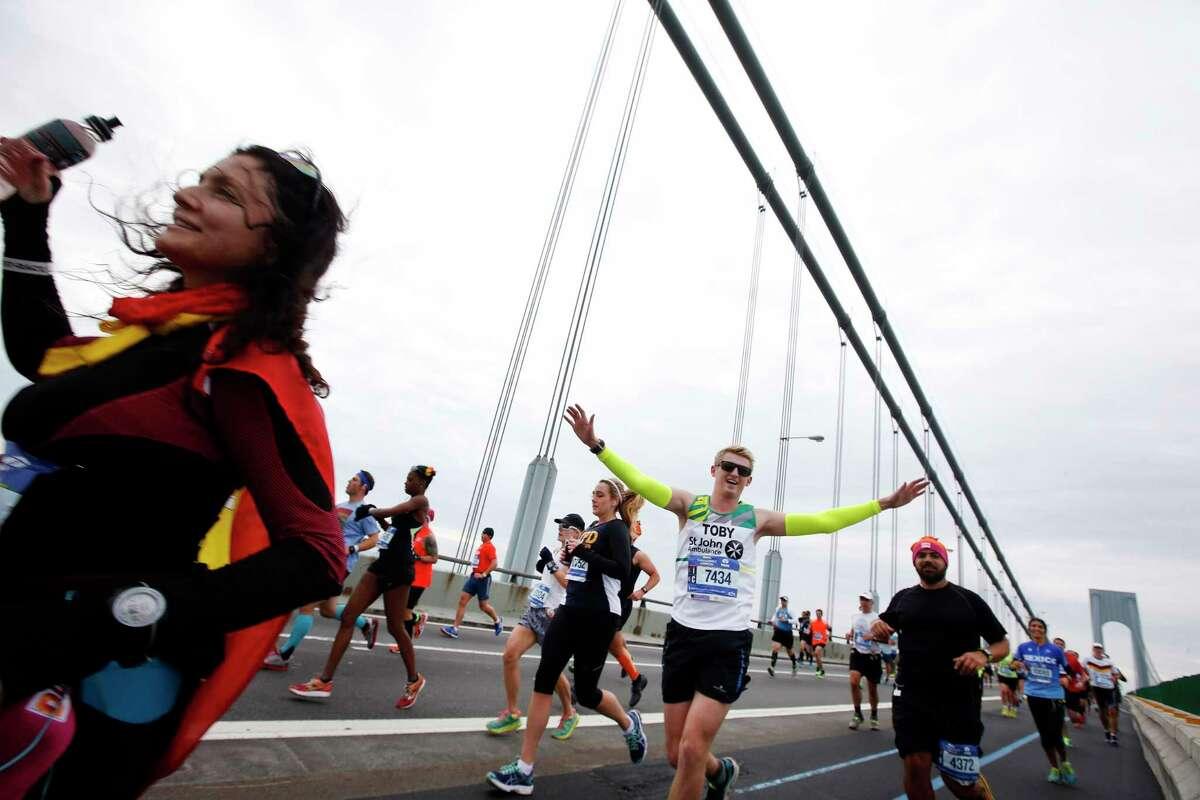 Runners cross the Verrazano-Narrows Bridge at the start of the New York City Marathon on Nov. 1, 2015 in New York.
