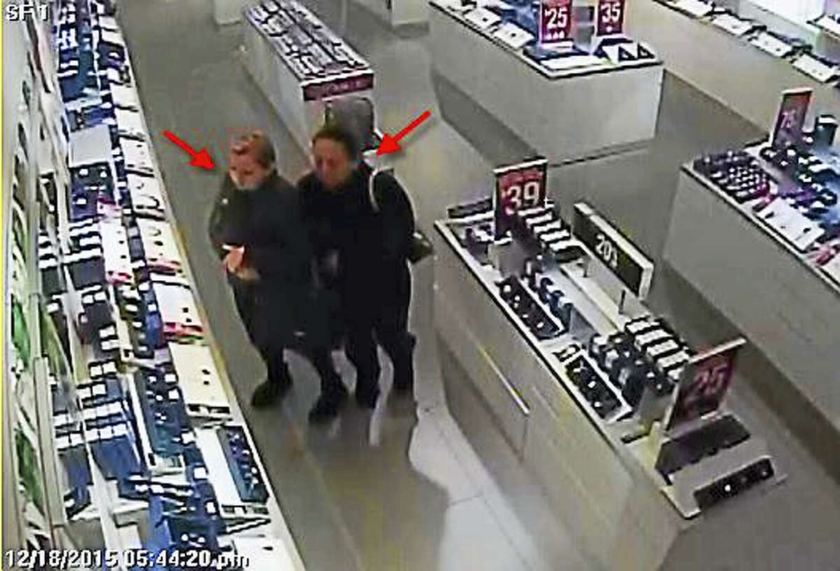 Police are asking for the public's help to identify these two women.