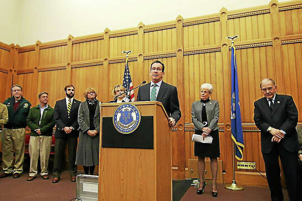 Gov. Dannel P. Malloy announces a proposal to raise the minimum wage in Connecticut.