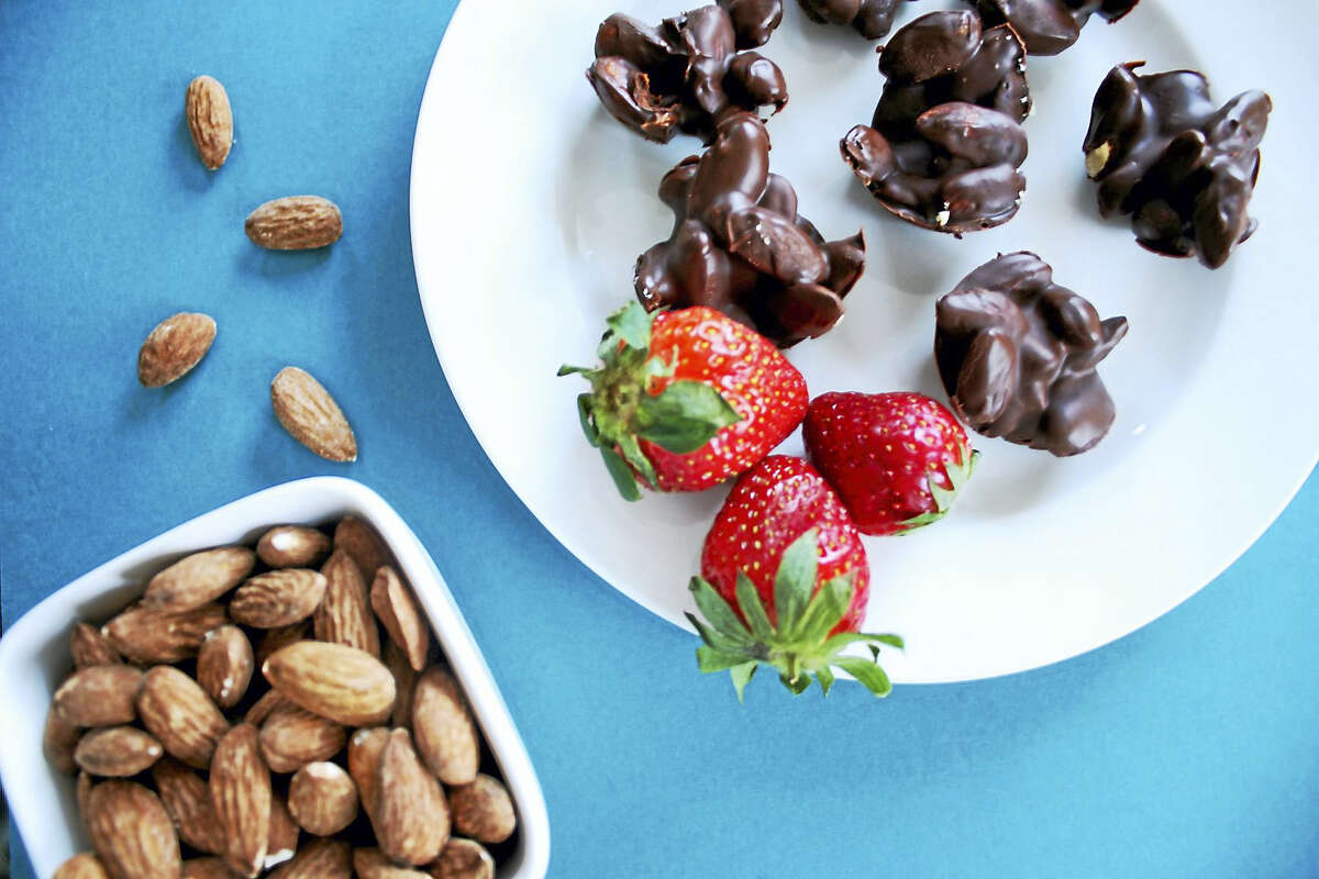 These vegan chocolate almond clusters are guaranteed to sate everyone's sweet tooth.