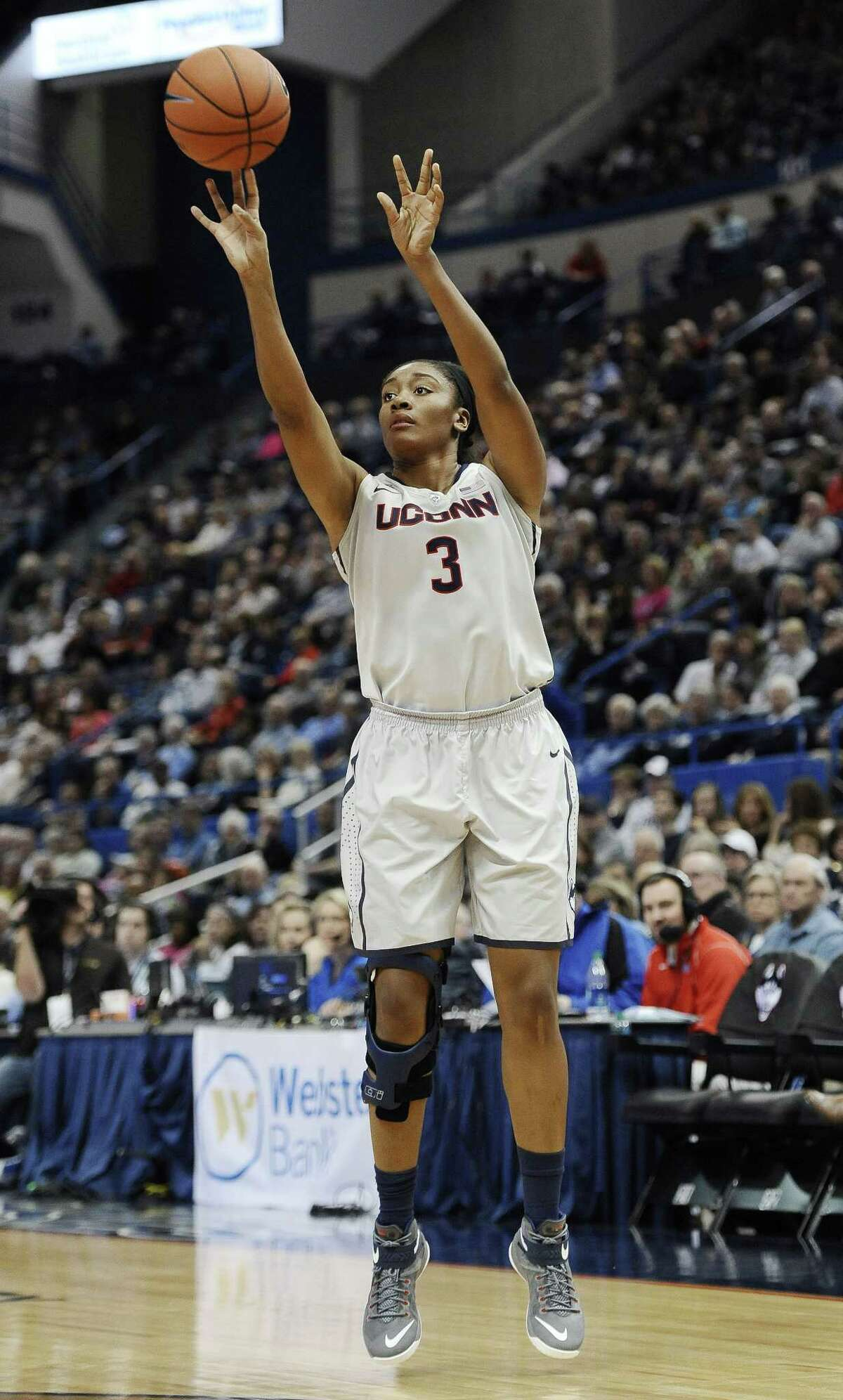 Morgan Tuck shoots during the second half of the Huskies' win over SMU on Saturday in Hartford.