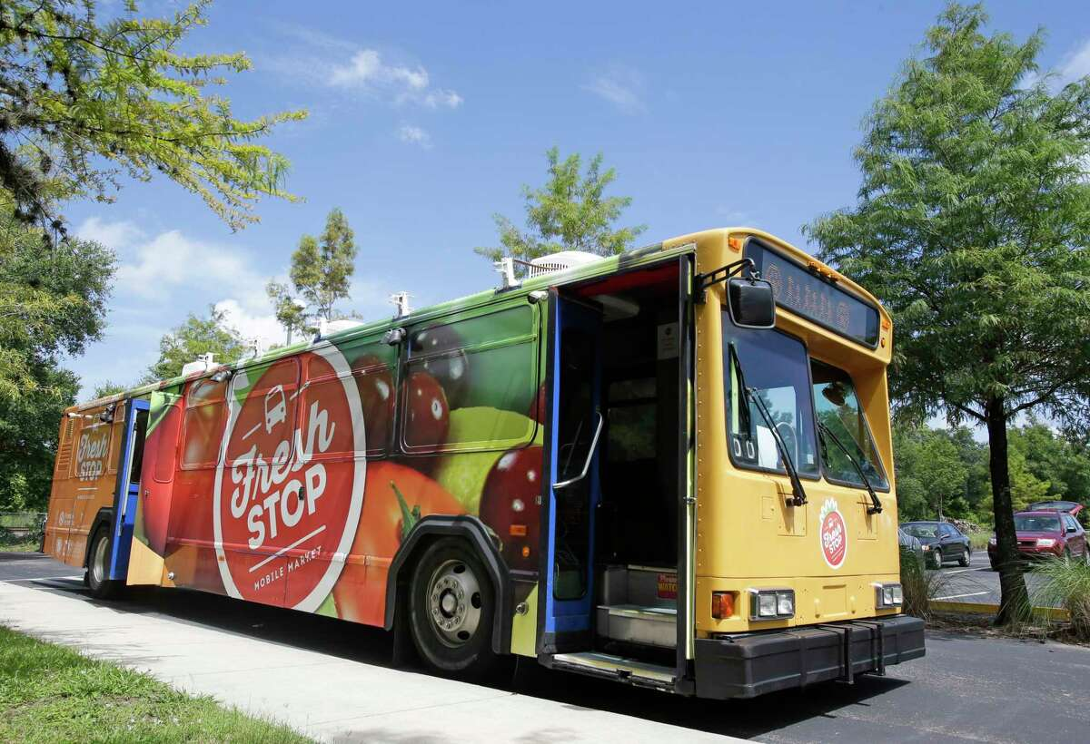 The Fresh Stop, a mobile market, stops at the Taft Community Center in Orlando, Fla.