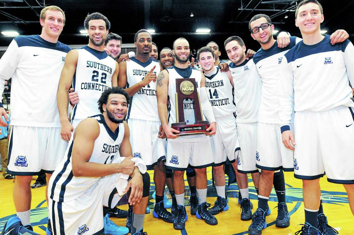 Coach Mike Donnelly has taken a Southern Connecticut State program which won 34 games from 2001-09 to 30 wins this season and a berth in the NCAA Division II tournament's Elite Eight. If the Owls manage to win the whole thing, Register sports columnist Chip Malafronte is calling for a statue to be erected on the SCSU campus.
