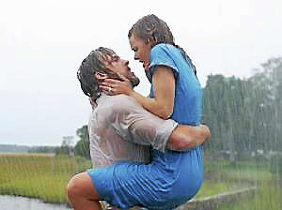 """Ryan Gosling and Rachael McAdams in """"The Notebook."""" Photo: (Melissa Moseley — New Line Productions)"""