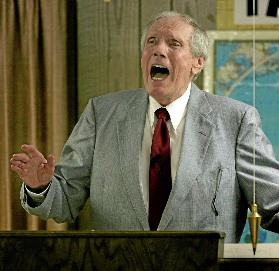 In this March 19, 2006, file photo, Rev. Fred Phelps Sr. preaches at his Westboro Baptist Church in Topeka, Kansas. Phelps, who founded a Kansas church that ís widely known for its anti-gar protests at military funerals, has died. Photo: AP File Photo/Charlie Riedel  / AP