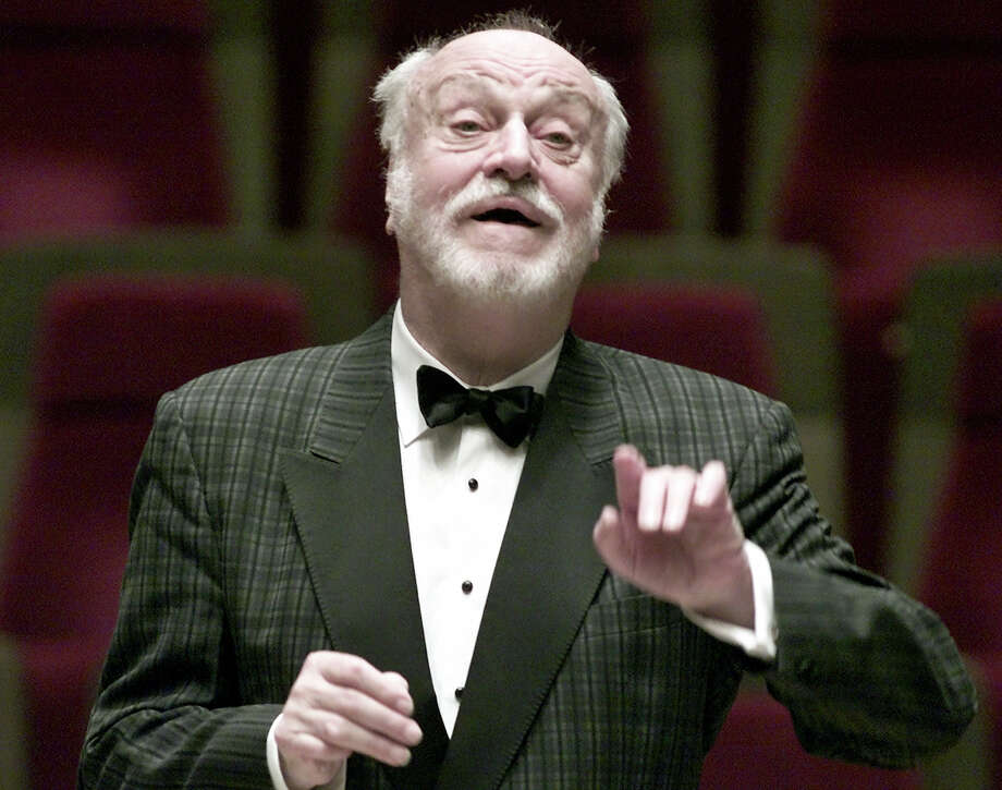 In this Oct. 10, 2001, file photo German conductor Kurt Masur conducts the London Philharmonic orchestra during a rehearsal in the concert hall Gewandhaus in Leipzig, eastern Germany. New York Philharmonic says music director emeritus Kurt Masur, from Germany, has died at 88. Photo: AP Photo/Eckehard Schulz, File   / AP FILES