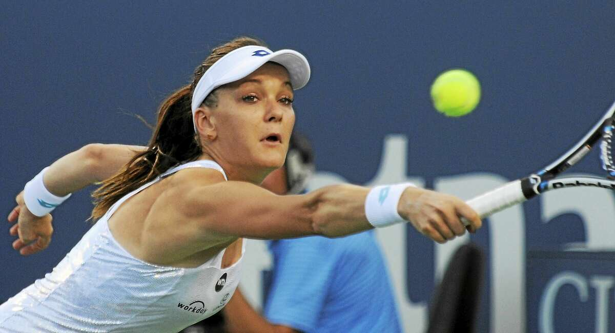 Agnieszka Radwanska lost 7-5, 6-4 to Petra Kvitova on Thursday in the quarterfinals of the Connecticut Open in New Haven.