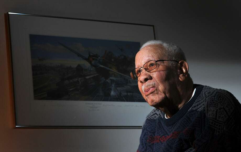 In this Feb. 14, 2012 photo, Lowell C. Steward, 92, poses for a photo, in Oxnard, Calif. Steward, a former member of the Tuskegee Airmen who flew nearly 200 missions over Europe during World War II, died Wednesday, Dec. 17, 2014, in California. He was 95. (AP Photo/The Ventura County Star, Joseph A. Garcia) LOS ANGELES DAILY NEWS OUT Photo: AP / Ventura County Star