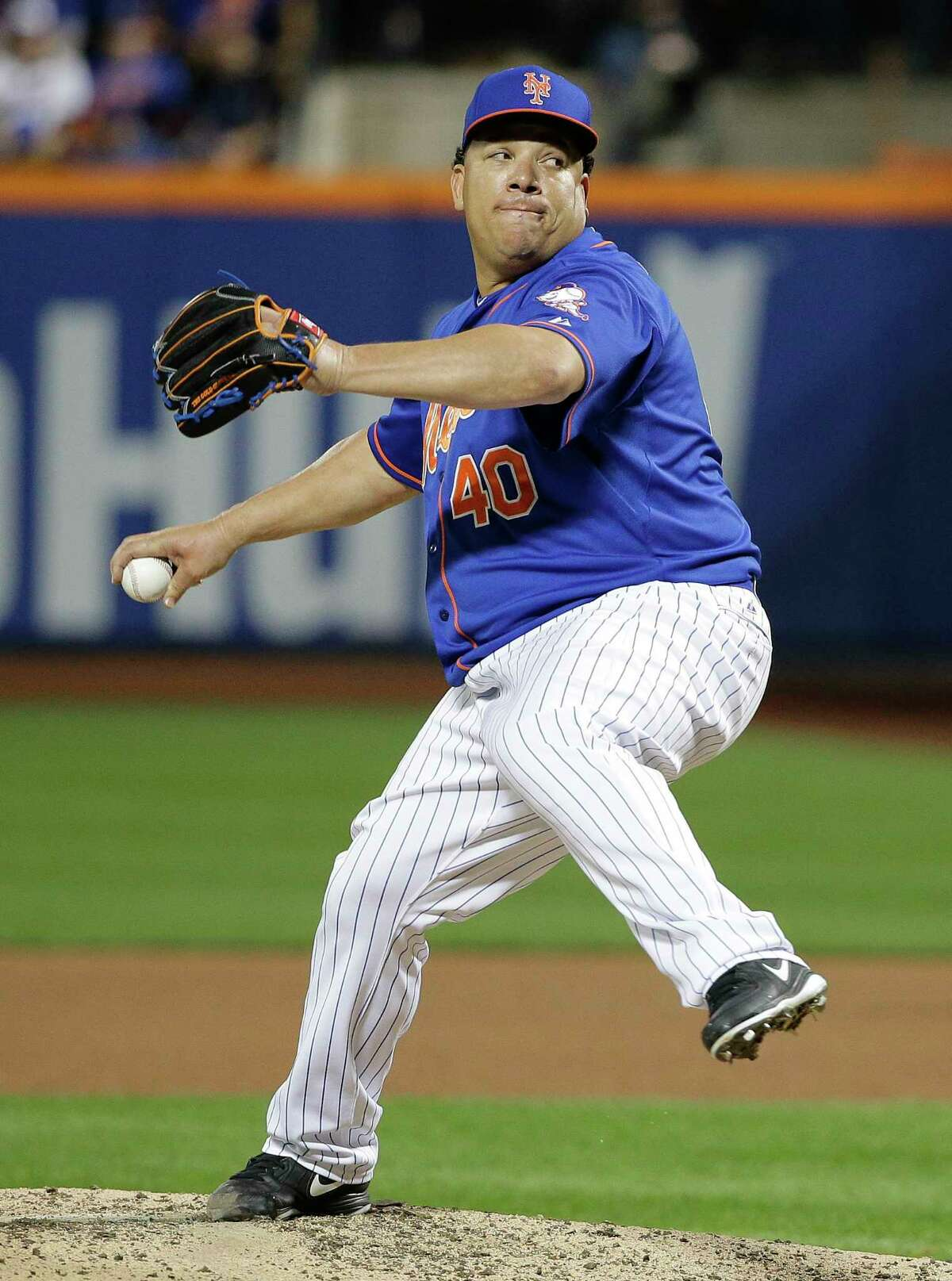 The New York Mets re-signed starter Bartolo Colon to a $7.25 million, one-year contract.