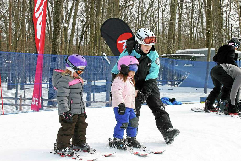 The winter recreation spot is hoping to claim four records — largest single-venue ski lesson, largest single-venue snowboard lesson, largest multi-venue ski lesson, and largest multi-venue snowboard lesson. Photo: Courtesy Photo
