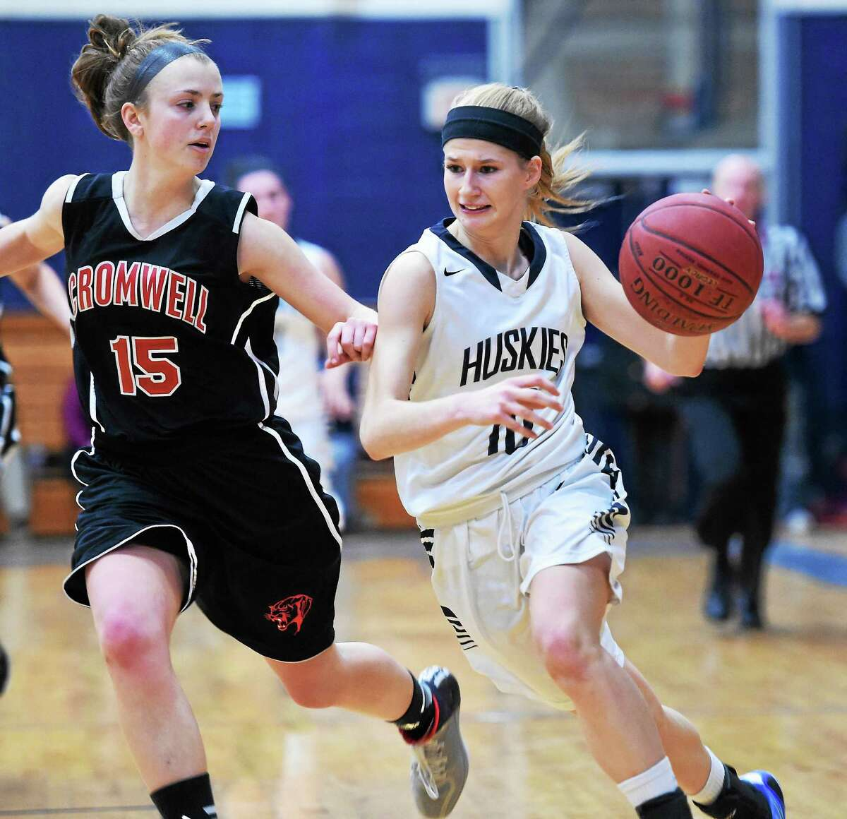 Catherine Avalone - New Haven RegisterCromwell's Emma Belcourt defends Morgan's Sami Ashton in a SLC contest last season. The Panthers and Huskies are both ranked in the Top 10 in the GameTimeCT/Register preseason poll.