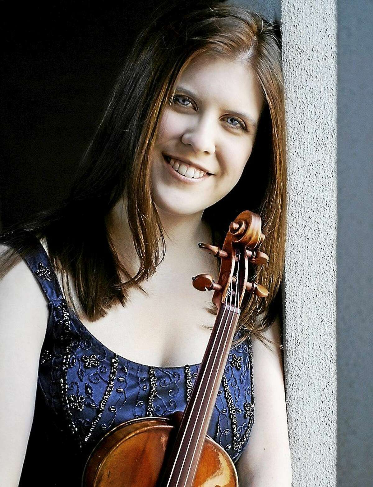 Violinist Erin Keefe