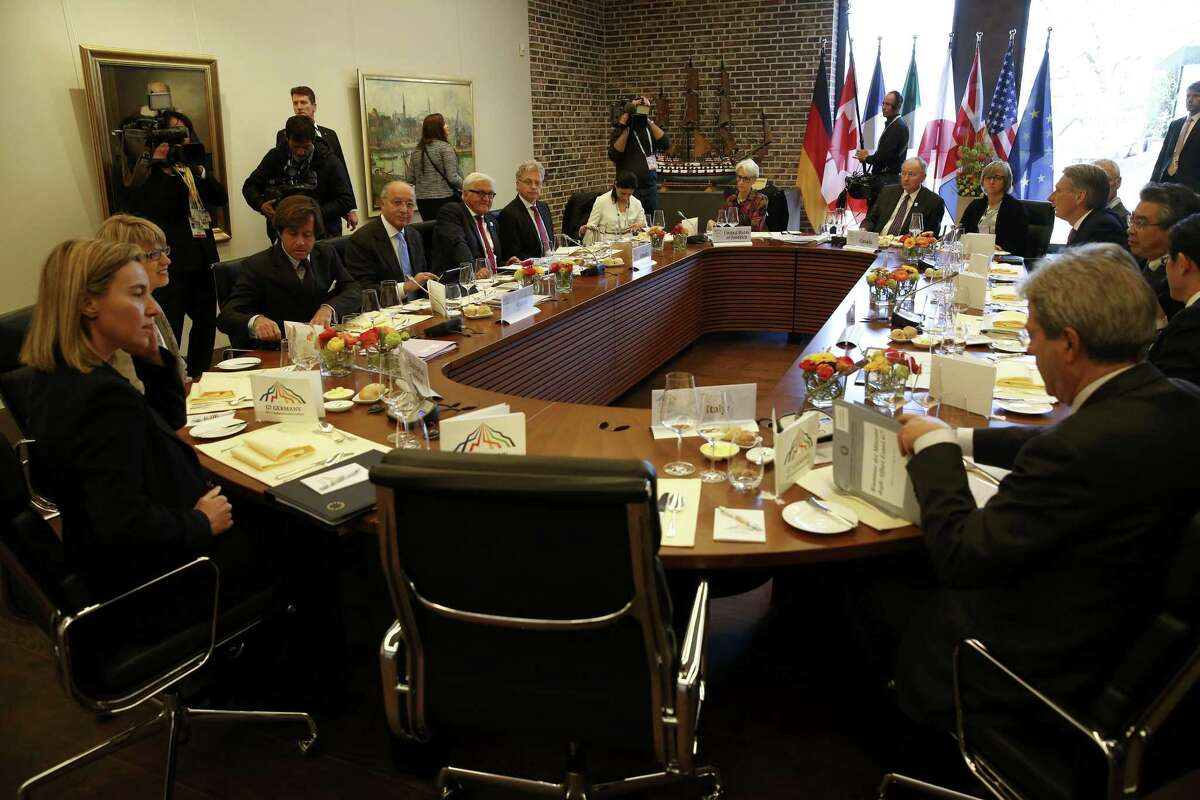 G7 foreign ministers attend a working lunch on the second day of their meeting in the northern German city of Luebeck, Wednesday, April 15, 2015. (Fabrizio Bensch/Pool Photo via AP)