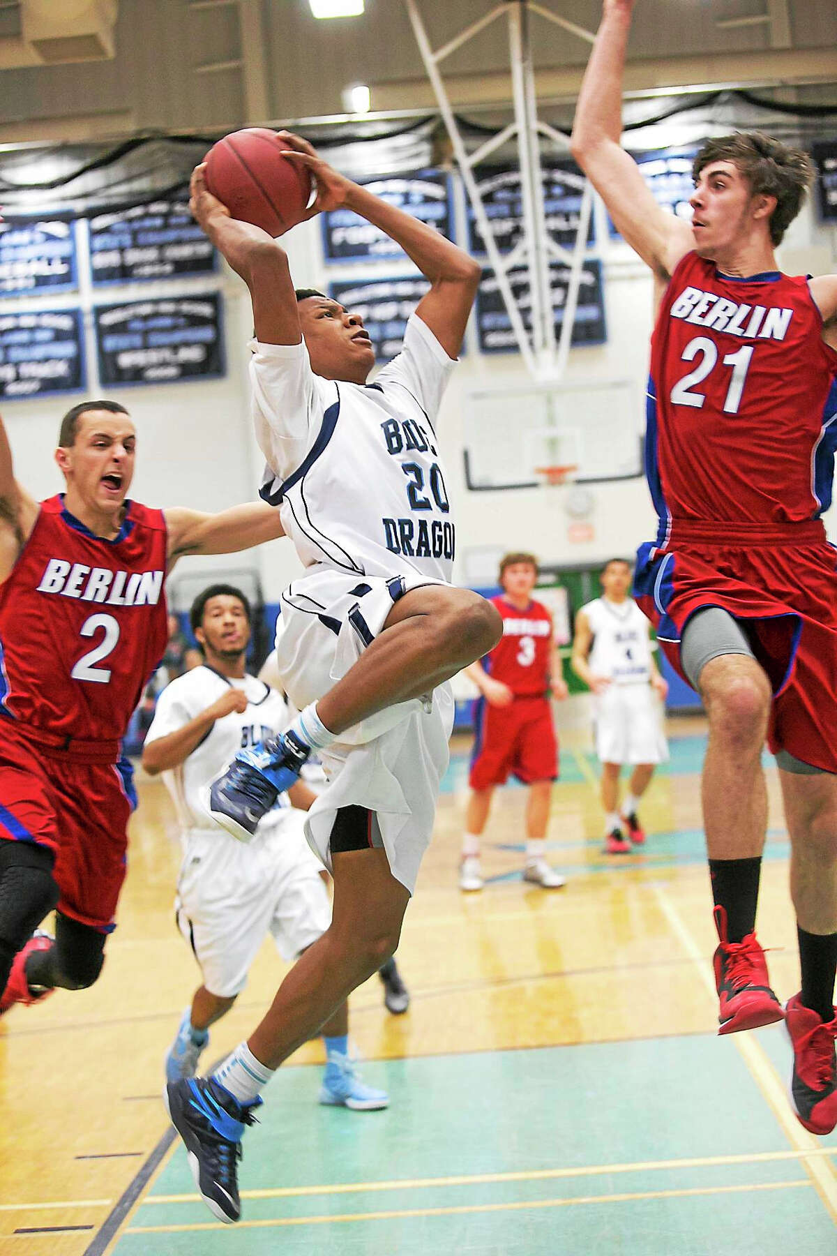 Middletown junior Tyshaun James (20) is part of a strong core of returning letterwinners for the Blue Dragons in 2015-16. Middletown opens with Weaver at Trinity College on Dec. 19.