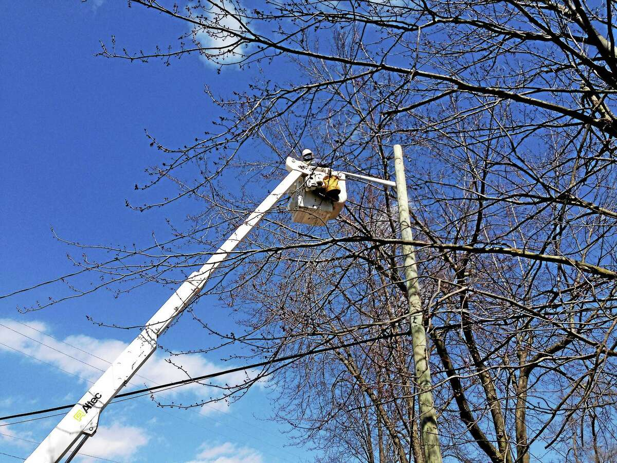Cromwell is considering buying its streetlights and converting them to LED lights.