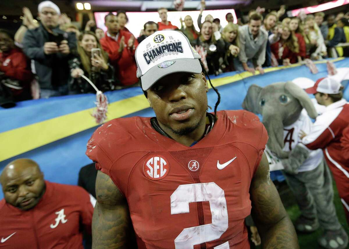 Alabama running back Derrick Henry is one of five finalists for the Walter Camp Player of the Year award.