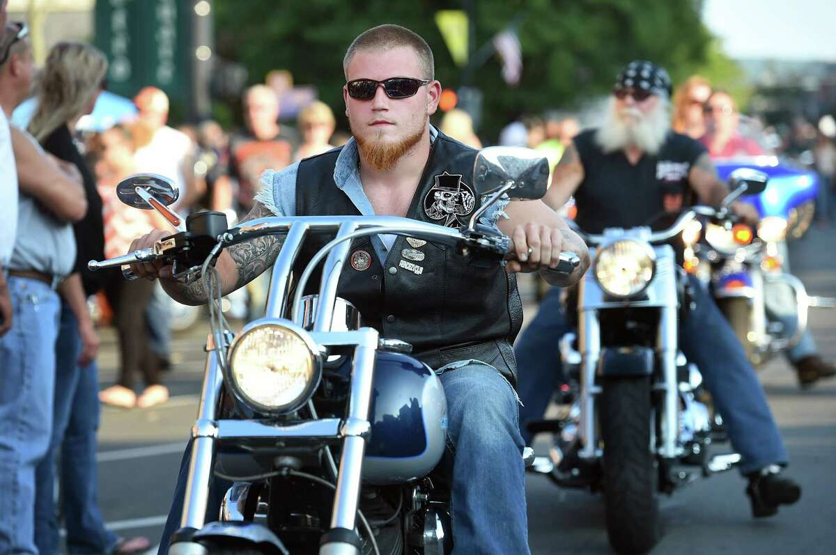Five thousand motorcycles converged on Main Street in Middletown in what may have been the largest showing of bikes in the history of Middletown's Motorcycle Mania Wednesday night.
