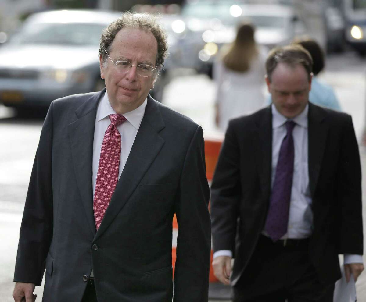 """Attorney Gregg Levy arrives at court in New York, Wednesday, Aug. 19, 2015. The judge presiding over the """"Deflategate"""" legal case said Wednesday that he hopes to rule whether New England quarterback Tom Brady must serve a four-game suspension before the NFL season opener, though he urged a settlement."""