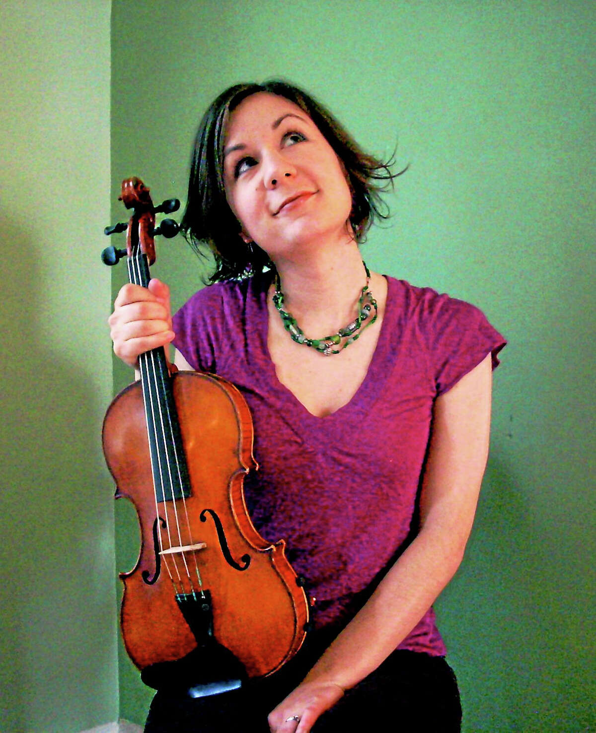 Contributed photoBranford Folk Music Society oresents a concert featuring the dynamic fiddling and melodious singing of Lissa Schneckenburger, accompanied by the guitar stylings of Bethany Waickman on Saturday, Dec. 12.