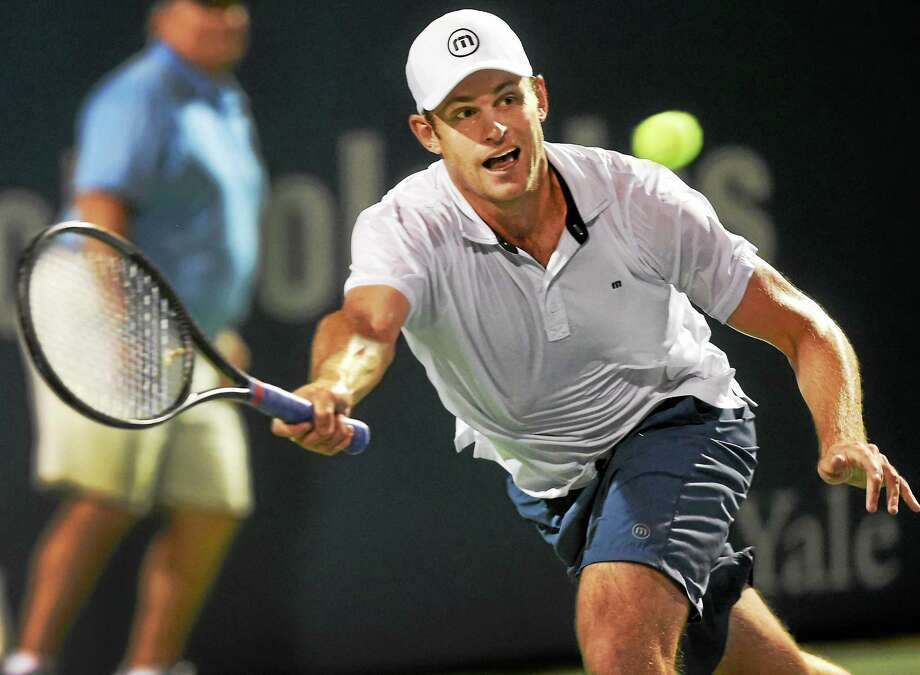 Andy Roddick made his Connecticut Tennis Center debut on Thursday night and beat James Blake 3-6, 6-3, 10-8 in an exhibition match. Photo: Melanie Stengel — Register