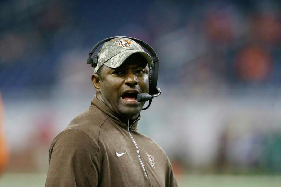 Syracuse has hired Dino Babers to be its new football coach. Photo: Carlos Osorio — The Associated Press  / AP