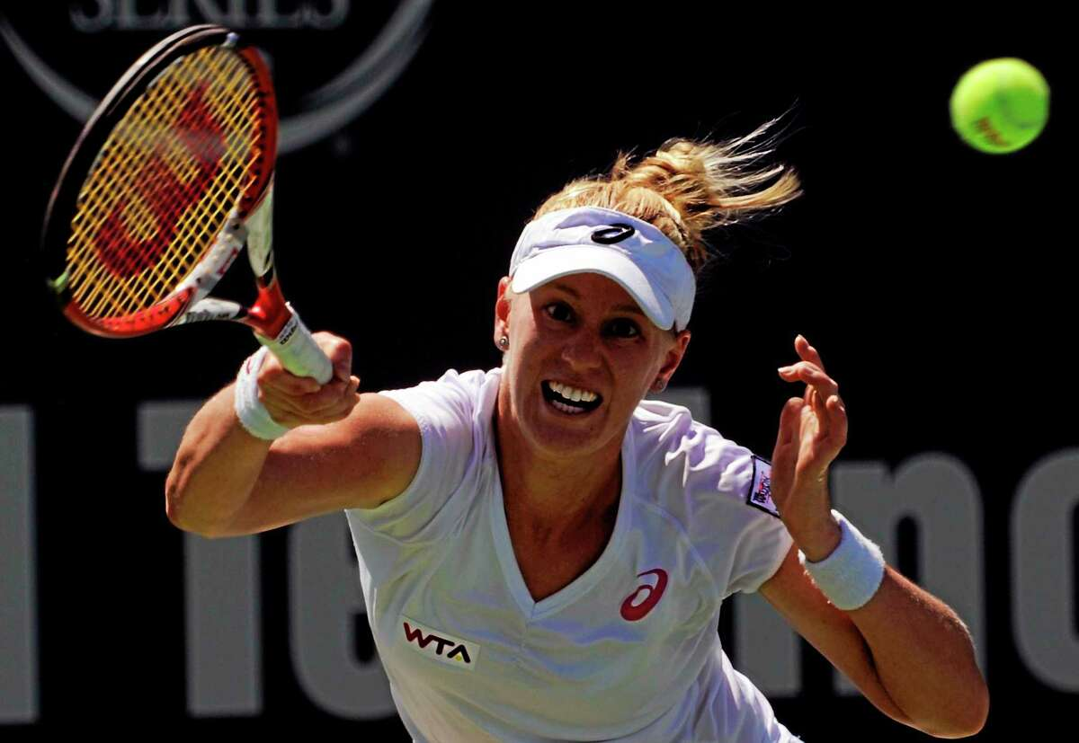 Alison Riske is the lone American remaining in the Connecticut Open field. She upset No. 6 Flavia Pennetta 6-1, 7-6 (3) on Tuesday at the Connecticut Tennis Center.