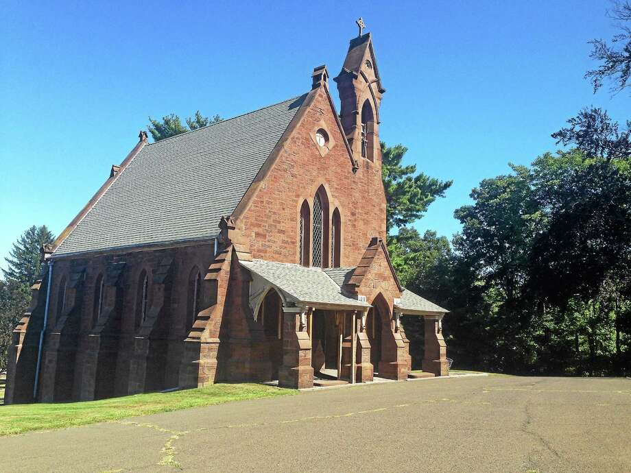 The chapel at the Indian Hill Cemetery on the corner of Washington Street and Vine Street in Middletown will get some much-needed repairs. Photo: Middletown Press File Photo
