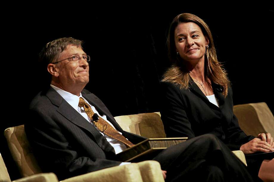 Bill Gates, left, and his wife, Melinda Gates, shown in Washington in 2010, have worked to encourage the wealthy to become more philanthropic and have themselves given away more than $30 billion. They are now reflecting on the 15th anniversary of their foundation. Photo: Washington Post Photo/Susan Biddle  / THE WASHINGTON POST