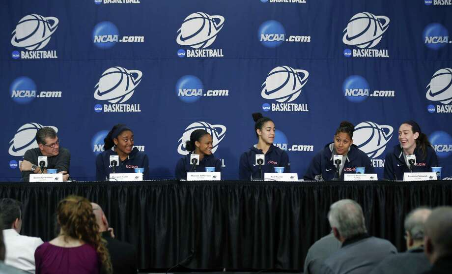 From left, UConn head coach Geno Auriemma, Morgan Tuck, Moriah Jefferson, Kia Nurse, Kaleena Mosqueda-Lewis and Breanna Stewart answer questions during a news conference on March 29 in Albany, N.Y. Photo: Mike Groll — The Associated Press  / AP