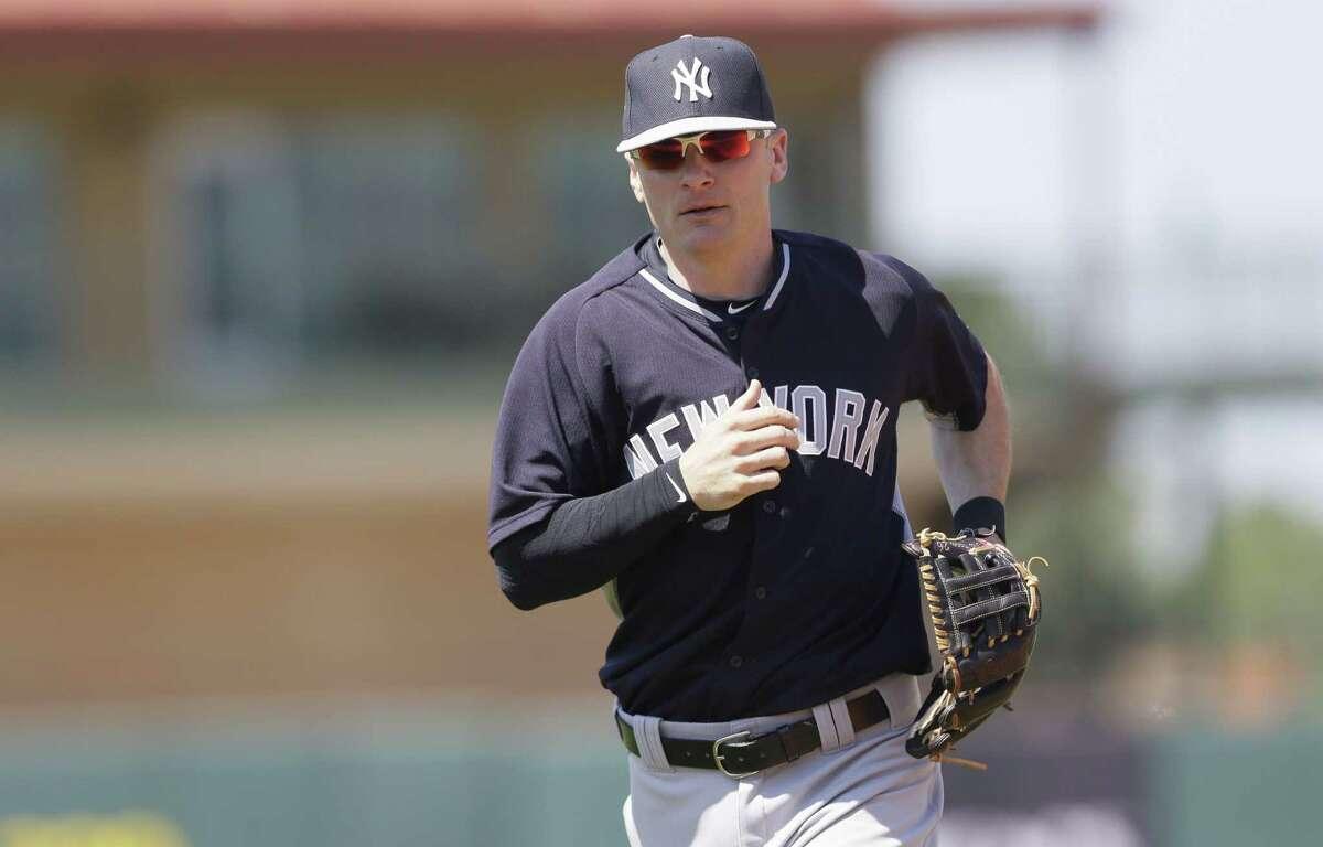 New York Yankees shortstop Brendan Ryan will miss the first month of the season.