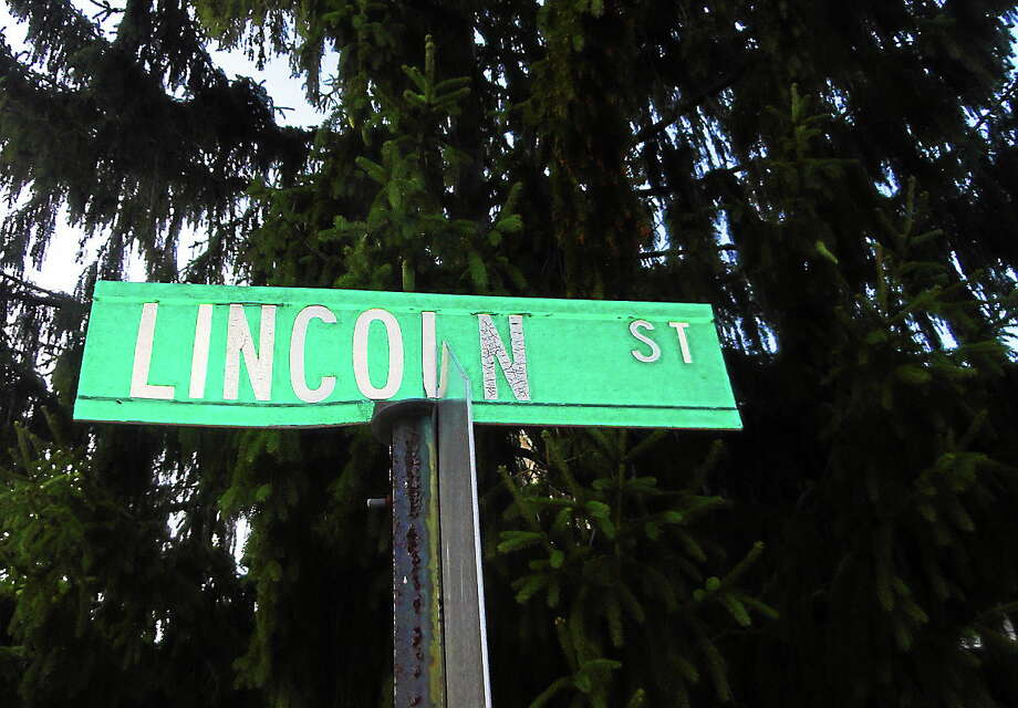 Middletown's Common Council approved the city's newest street name — Carlie Court — at its Aug. 4 regular meeting. Roads such as Lincoln aren't arbitrary designations but oftentimes reflect local history, officials said. Photo: Cassandra Day — The Middletown Press
