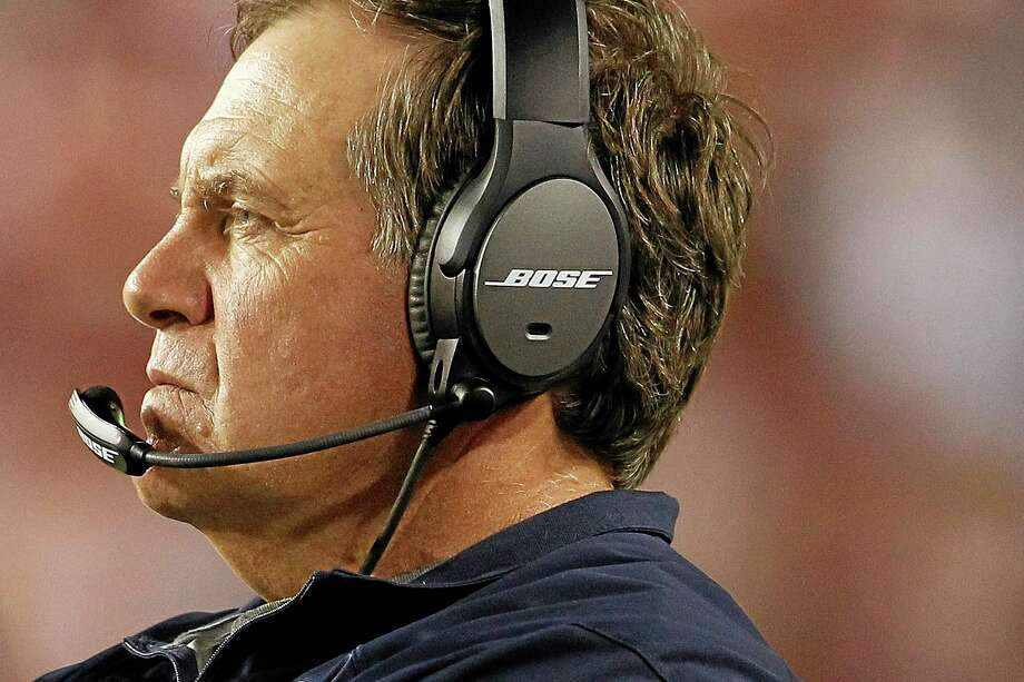 Coach Bill Belichick looks on during the second half of the Patriots' loss to the Redskins on Thursday. Photo: Connor Radnovich — The Associated Press  / AP