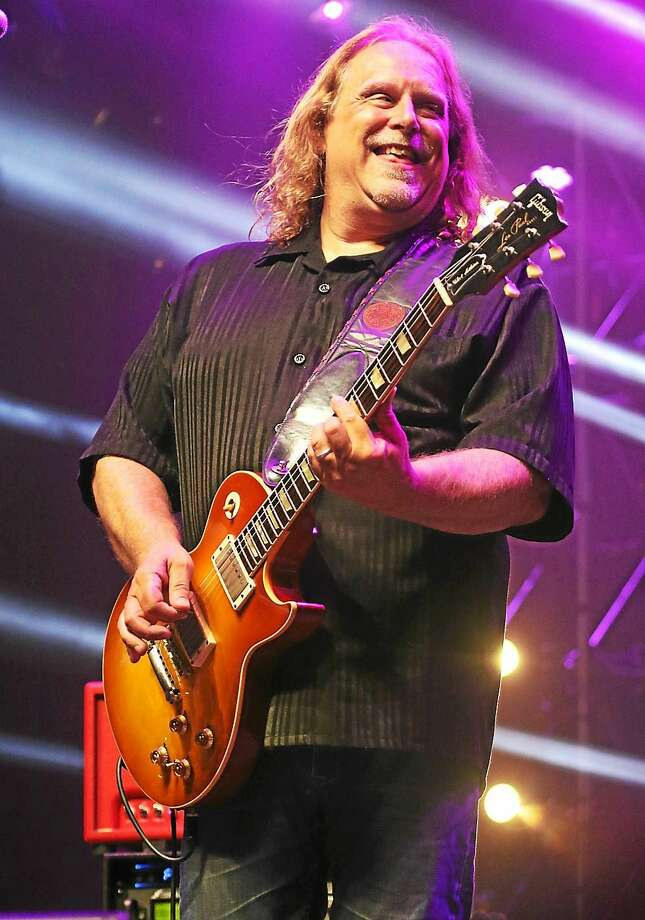 Photo by John Atashian Warren Haynes and the All Stars, including Warren Haynes, performed at the Gathering of the Vibes in Bridgeport. Photo: Journal Register Co.