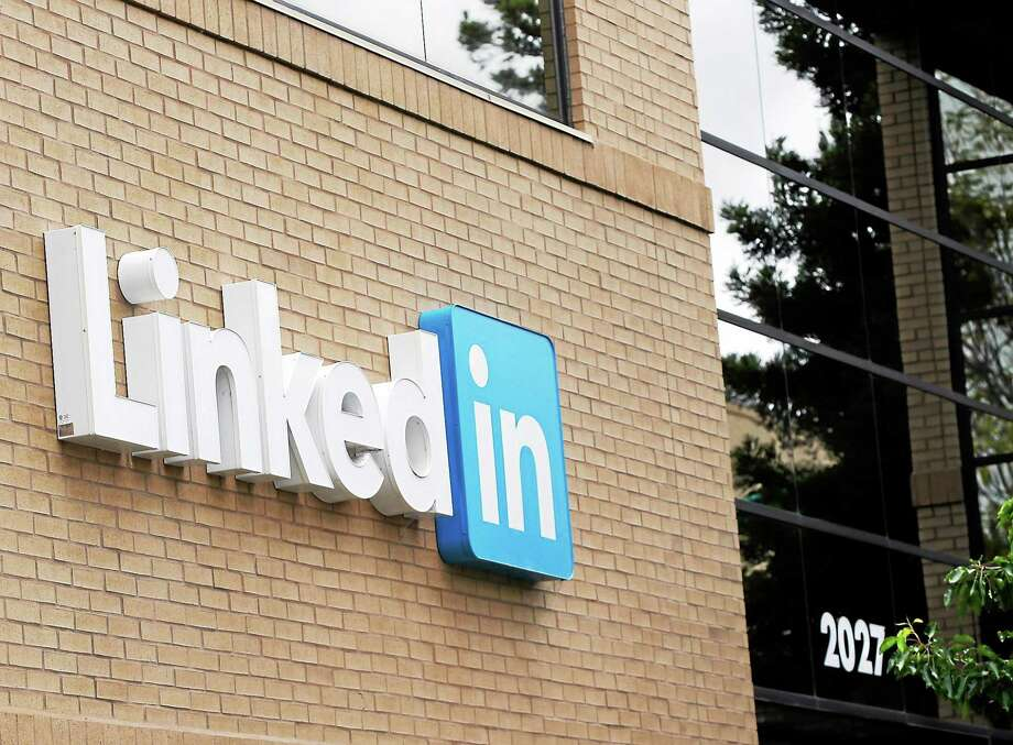 An exterior view of the LinkedIn headquarters in Mountain View , Calif. Photo: AP Photo/Marcio Jose Sanchez  / AP
