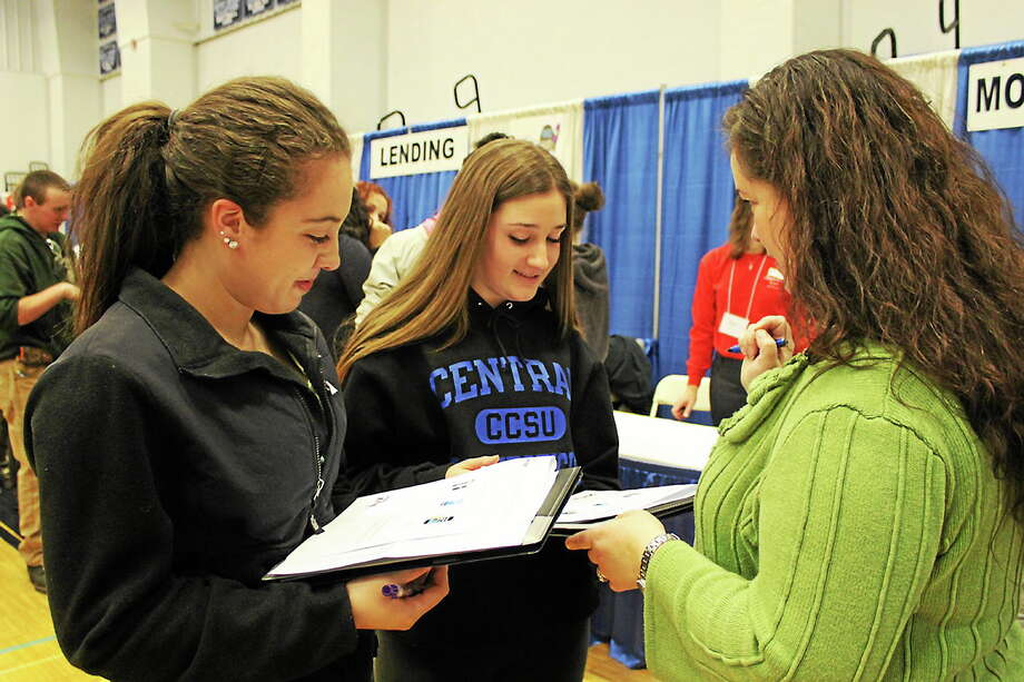 Submitted photo Middletown High School students learned how to live on their own and manage their own finances at a Middletown Credit for Life Fair. Photo: Journal Register Co.