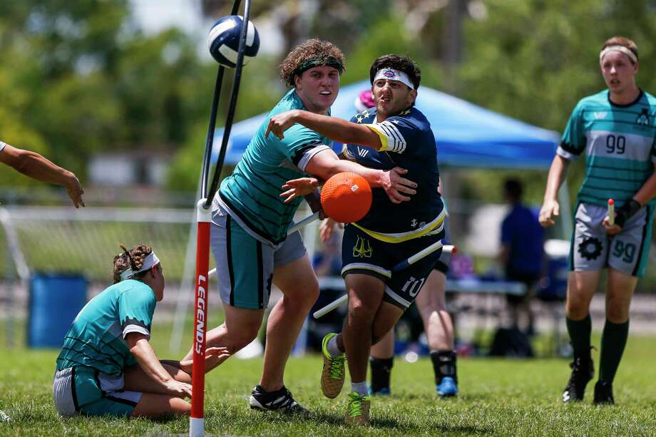Washington Admirals chaser Raul Natera scores past Detroit Innovators beater Jack Slater during the Major League Quidditch national tournament Saturday, Aug. 12, 2017 in League City.  ( Michael Ciaglo / Houston Chronicle ) Photo: Michael Ciaglo, Staff / Michael Ciaglo