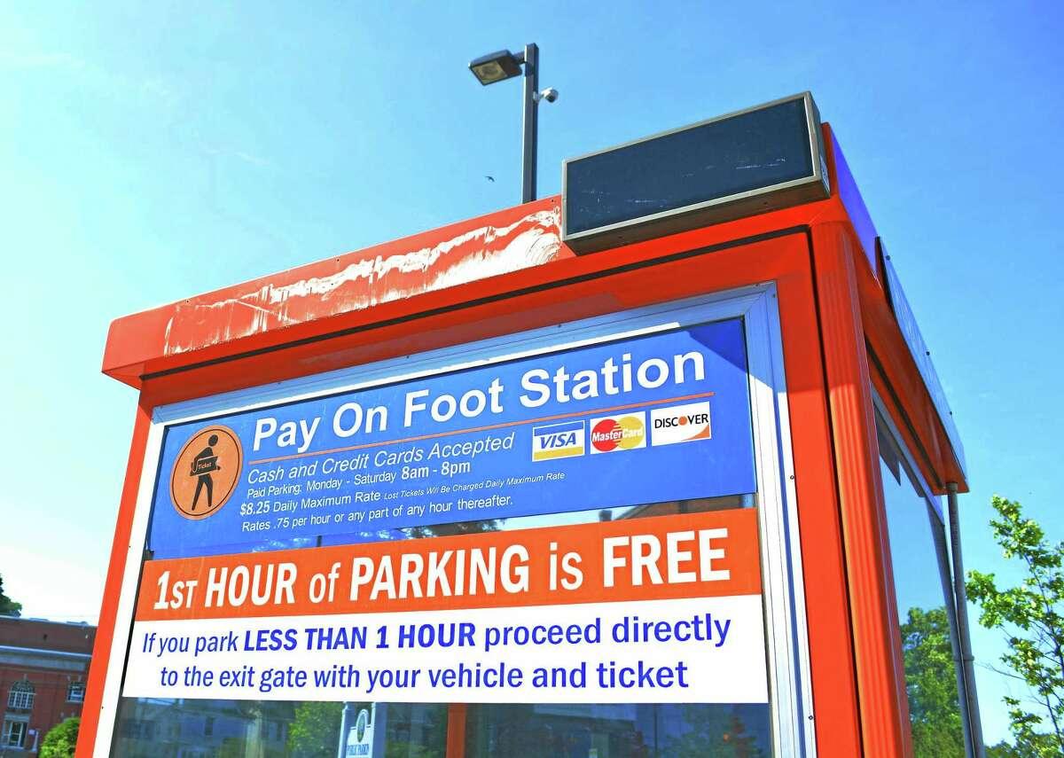Cassandra Day - The Middletown Press Middletown's parking lot at Melilli Plaza