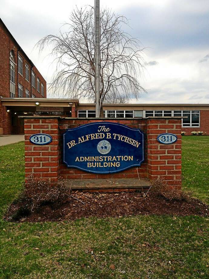 The Middletown Board of Education central office on Hunting Hill Avenue Photo: Cassandra Day — The Middletown Press