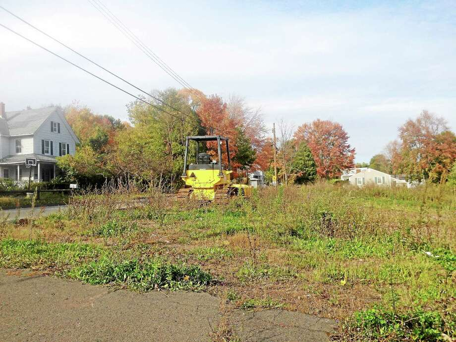 A proposed three-story residential building for 38 Ward St. in Middletown will go before the Design Review and Preservation Board on Nov. 12. Photo: Alex Gecan — The Middletown Press