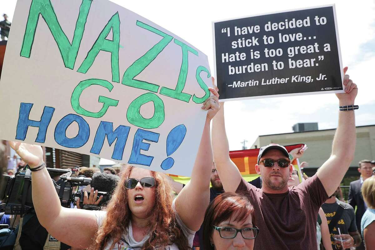 They're linked to Neo-Nazis As the New York Post points out, American Vanguard shares numerous beliefs with Nazis, such as anti-Semitism and beliefs of white superiority. The group's website includes disparaging beliefs against minorities and Muslims. Source: New York Daily News