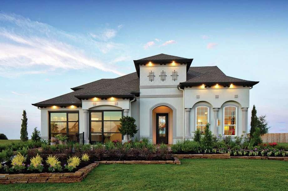 Toll brothers spotlights move in ready homes san antonio for Texas ranch piani casa con portici