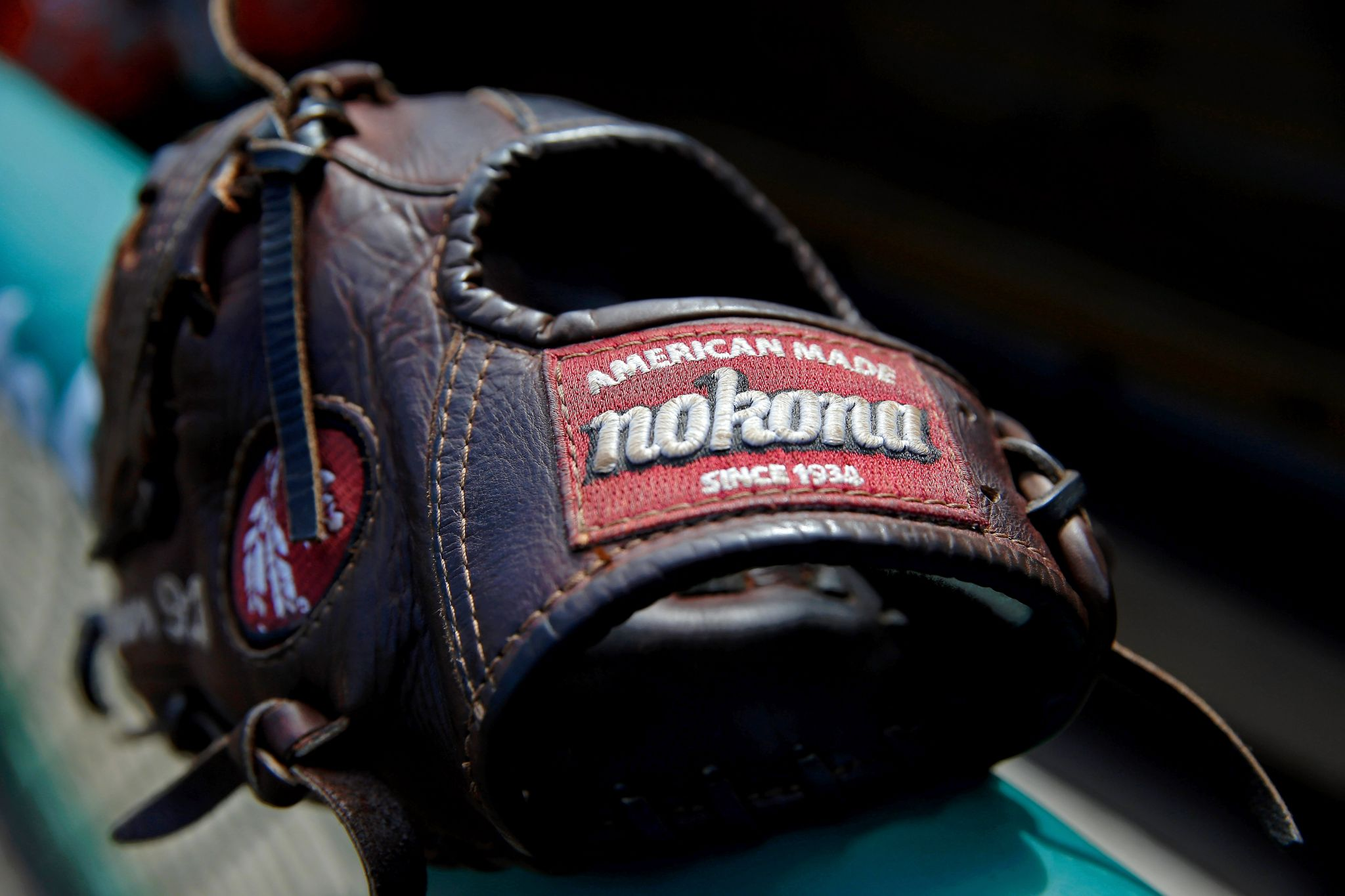 96ba1fe6808 Made in America  The Last Baseball-Glove Maker Refuses to Die. Andrew  Mayeda