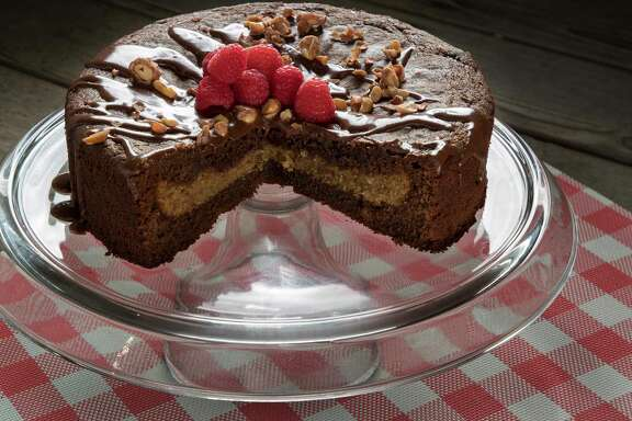 This Summer Vacation Piecaken combines classic flavors: peanut butter and chocolate.